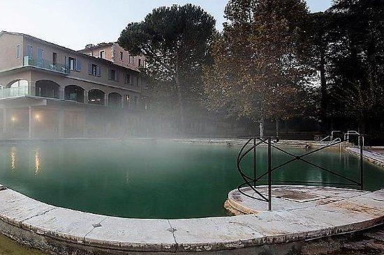 Piscina bild von albergo posta marcucci bagno vignoni tripadvisor
