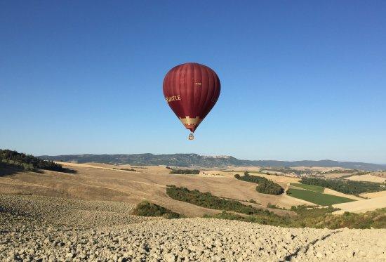 Ballooning in Tuscany: 136c-1_large.jpg