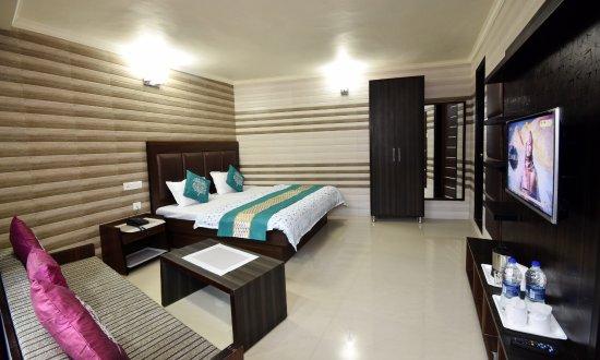 Hotel Cloud 7 Nainital Specialty Hotel Reviews Photos Rate