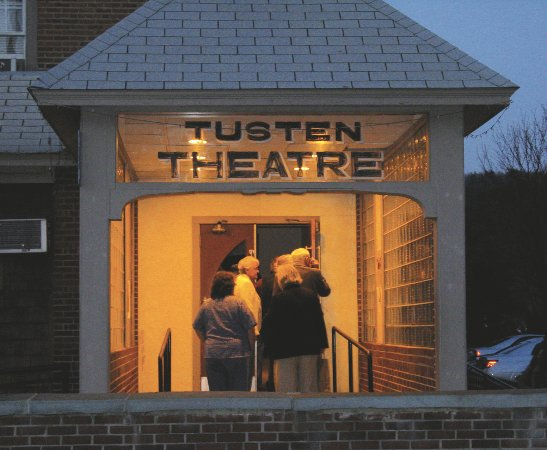 Narrowsburg, NY: Welcome to the Tusten Theatre.