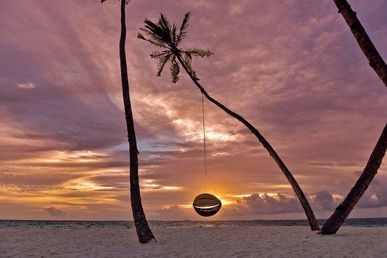 Lhaviyani Atoll Picture