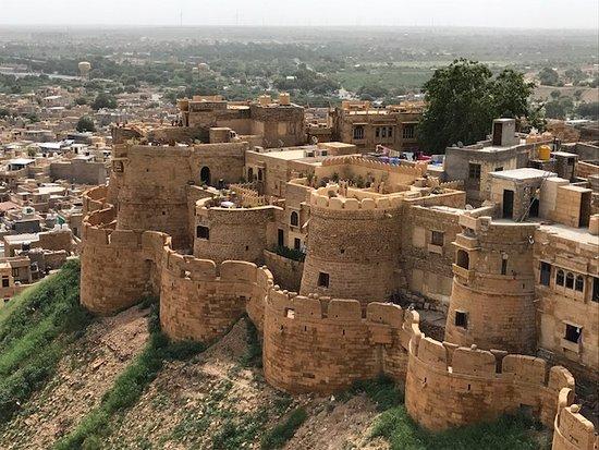 Jaisalmer marriott resort spa updated 2017 hotel - Jaisalmer hotels with swimming pool ...