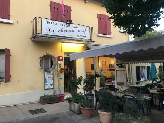 Hotel Greoux Les Bains Avec Piscine