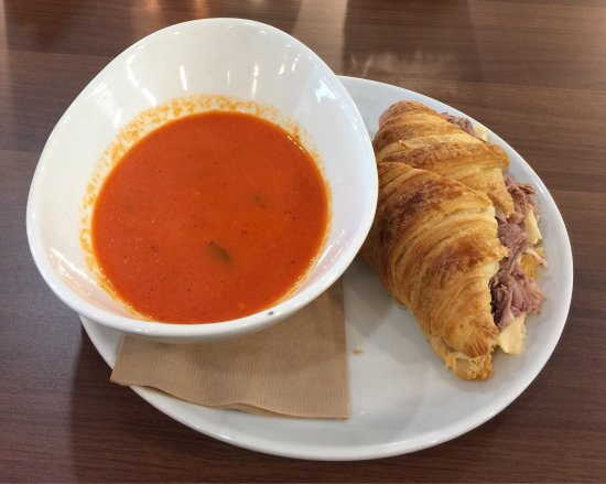 St. Paul, Canada: Prime Rib With Jack Cheese And Garlic Aoli On A Croissant With Roasted Red Pepper Soup (Sandwich