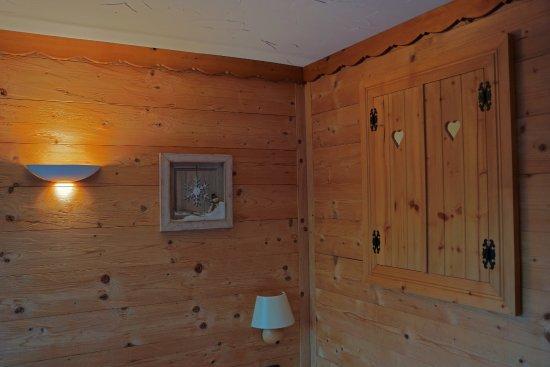 Petite Fenêtre Qui Souvre Sur La Salle De Bain Original - Petite fenetre salle de bain