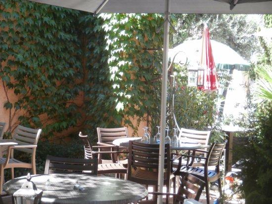 c t jardin saint maximin la sainte baume restaurant avis num ro de t l phone photos. Black Bedroom Furniture Sets. Home Design Ideas