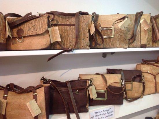 Casa Gineta: Quality cork handbags and purses