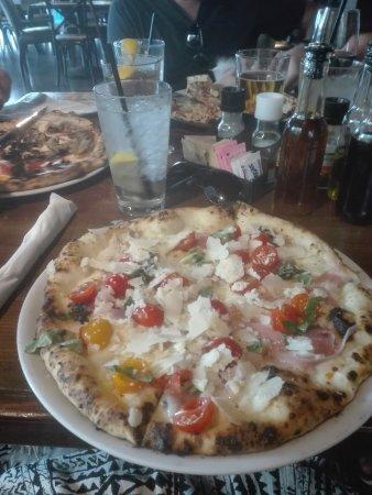 Settebello Pizzeria Napoletana: IMG_20170823_140054_large.jpg