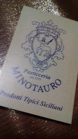 Pasticceria Minotauro: Pasticceria di eccellente 10elode Buona sia la pasta di mandorla che i deliziosi cannoli. Se vi