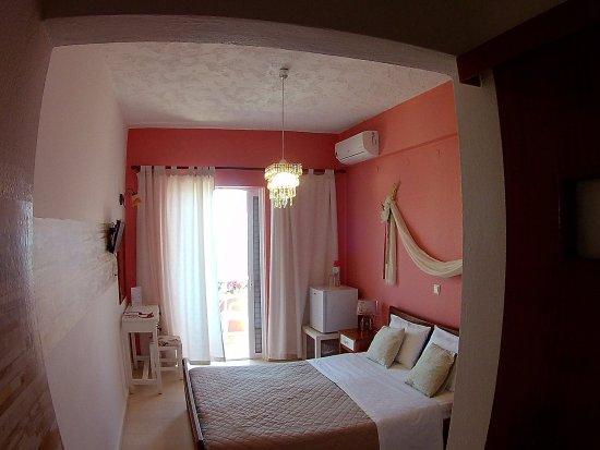 Hotel Idi Photo