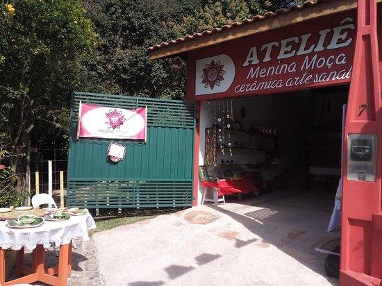 Monte Alegre do Sul, SP: Frente do atelie
