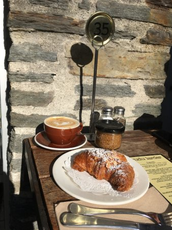 Vudu Cafe & Larder Photo