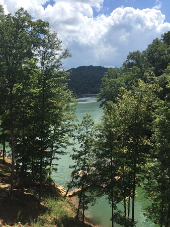La Follette, TN: Lake Norris