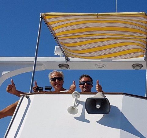 Nino Paranzoto Gite in Barca: NINO AL TIMONE