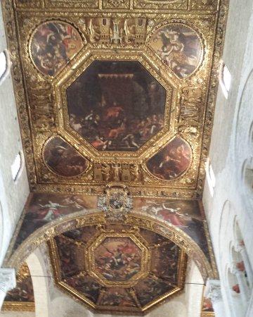 Basilica San Nicola: IMG_20170824_162013_784_large.jpg