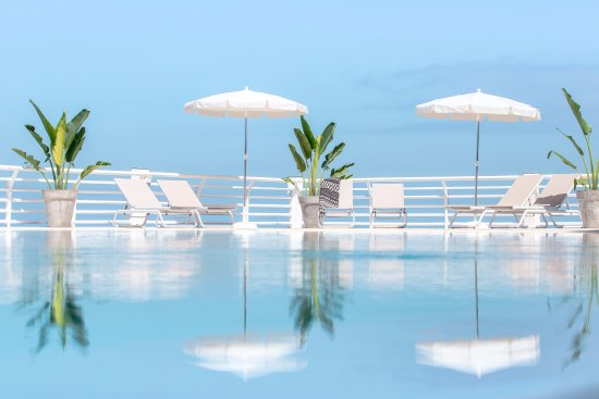 Atlantic Holiday Hotel: Pool