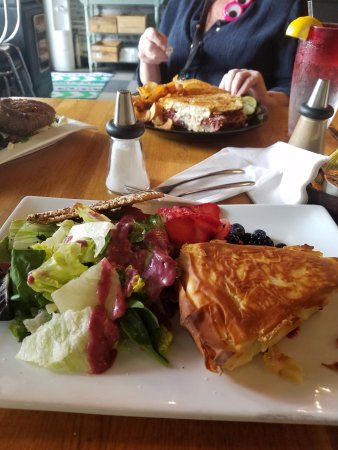 CRaVE: Brie and berry salad (hot phylo-wrapped brie wedge). Berry dressing outstanding.