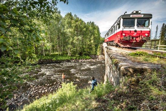 Östersund, Sverige: Fisket är utmärkt längs hela Inlandsbanan