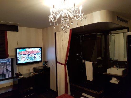 Sanctuary Hotel New York: 20170812_151104_large.jpg