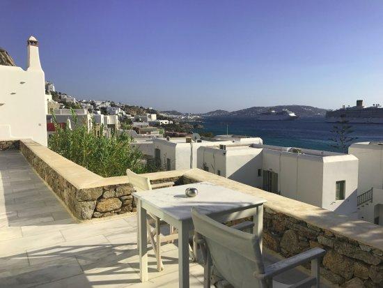 Olia Hotel: Our balcony!