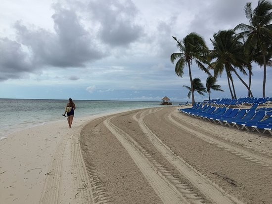 Port Canaveral, FL: Beach at Cococay