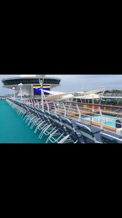 Port Canaveral: Deck on Majesty of the Seas