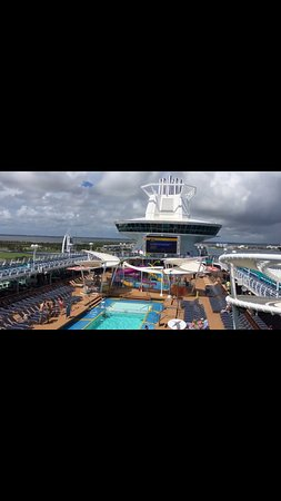 Port Canaveral: View of the deck (2)