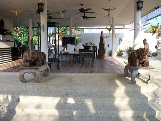 Kasalong Phuket Resort: Lobby
