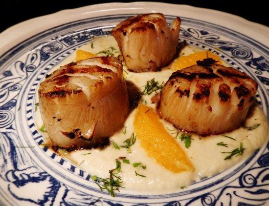 Victor, NY: Dinner items.