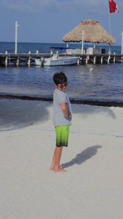 White Sands Dive Shop: Pre-dive pose