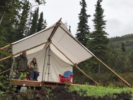 Glacier View, AK: Glamping --such comfy mattresses inside