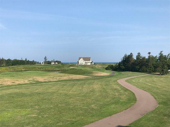 Rodd Crowbush Golf & Beach Resort: vue golf et mer