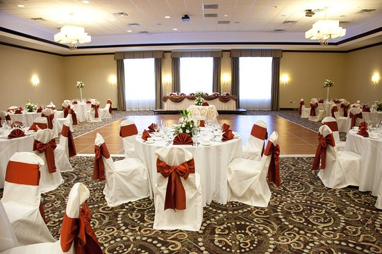 Holiday Inn Gurnee Convention Center Banquet Room