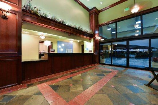 Gladstone, Oregon: Hotel Lobby