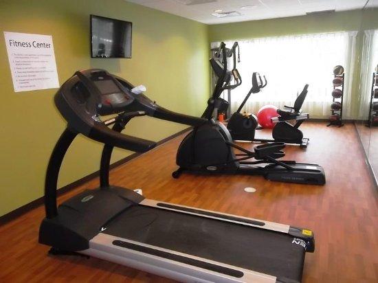 Bolivia, นอร์ทแคโรไลนา: Holiday Inn Express Southport Oak Island NC Hotel Fitness Center