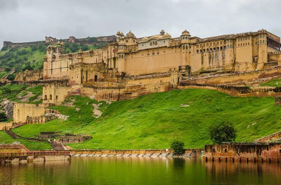 Jaipur Day-and-Night Tour with...