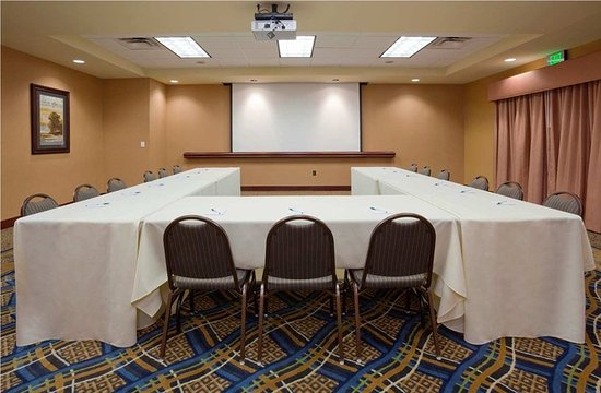Homewood Suites Minneapolis - New Brighton: Meeting Room