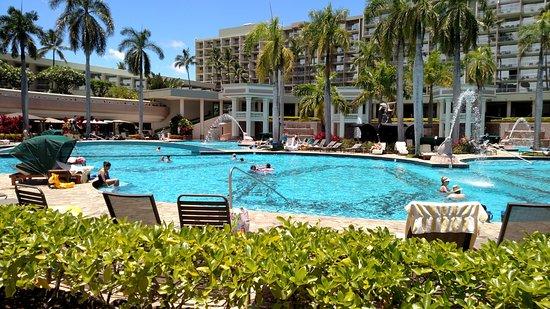 Marriott's Kaua'i Beach Club: Pool complex