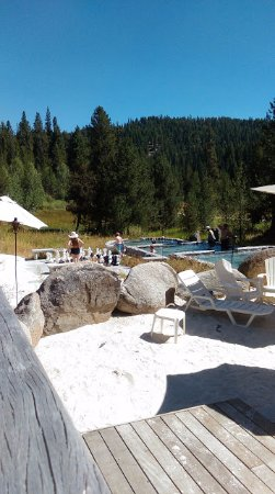 Gold Fork Hot Springs: three cooler pools and sunbathing spot