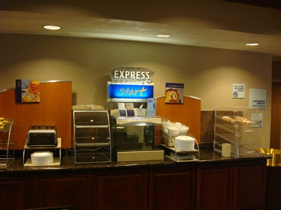 Holiday Inn Express Morgantown: Breakfast Area3