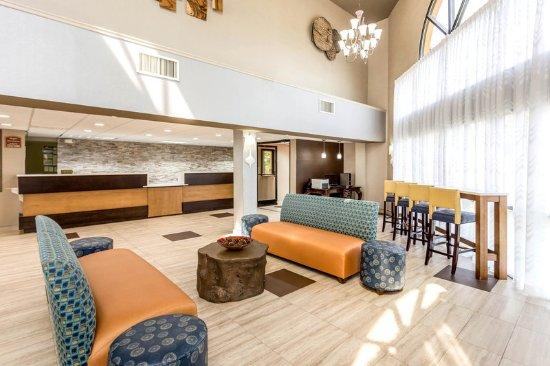 Quality Inn Carowinds: Lobby
