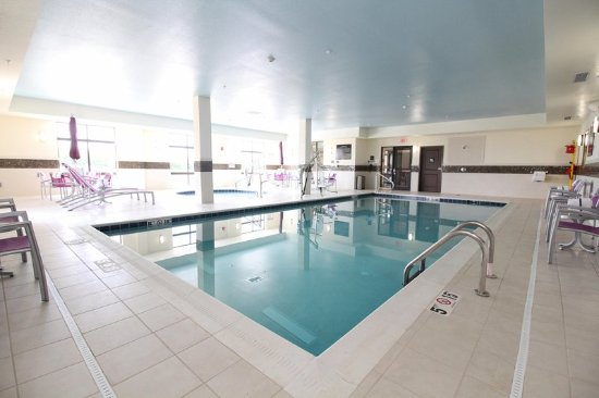 Milan, OH: Indoor Swimming Pool