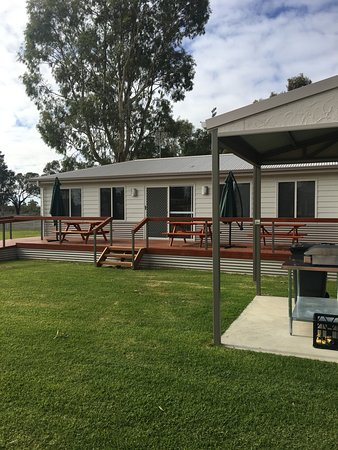 Waikerie, ออสเตรเลีย: Recreation Room and BBQs