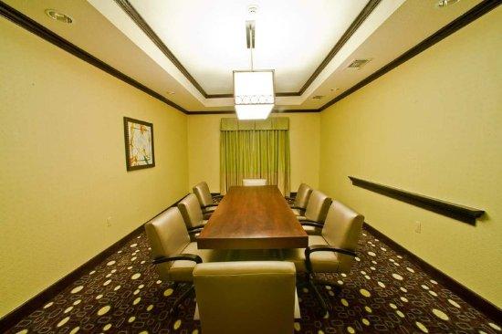 Denison, TX: Boardroom