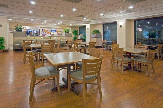 Holiday Inn Express Miami-Hialeah (Miami Lakes): Breakfast Area