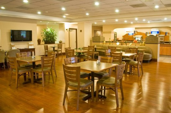 Holiday Inn Express Miami-Hialeah (Miami Lakes): Holiday Inn Express Hialeah/Miami Lakes - Breakfast