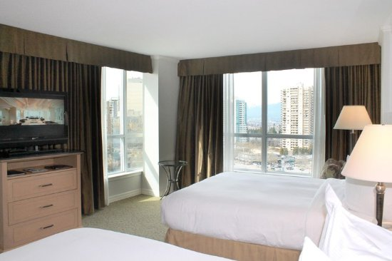 Hilton Vancouver Metrotown: 2 Queen Deluxe with View