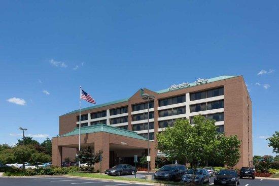 Hampton Inn Manassas: Hotel Exterior