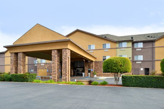 Watsonville, CA: Hotel Exterior