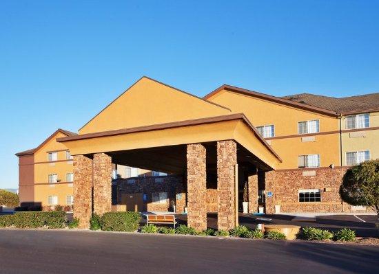 Hotel Exterior Holiday Inn Express Watsonville California